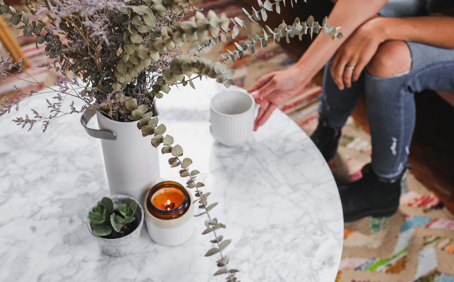 Decorated Mara marble coffee table