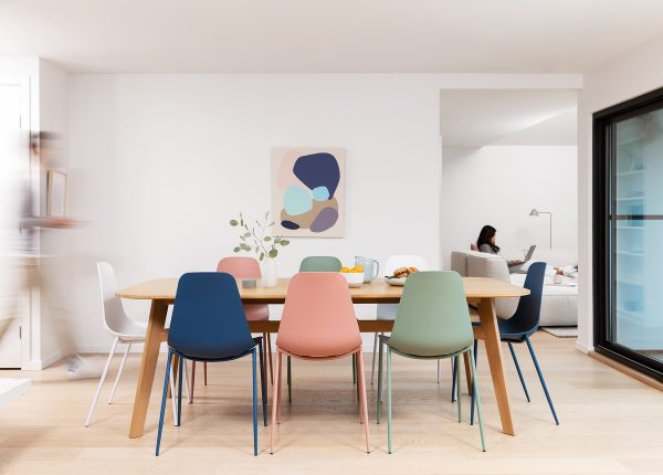 A little injection of playful color keeps this room feeling light and welcoming. Our old fav, the Svelti chair (paired wtih the Ventu table) does it again.