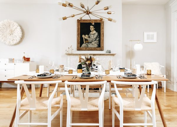 Sarah over at Broma Bakery knows how to throw a party. Her Seno table easily seats eight people for lunch, brunch, dinner, cocktails...
