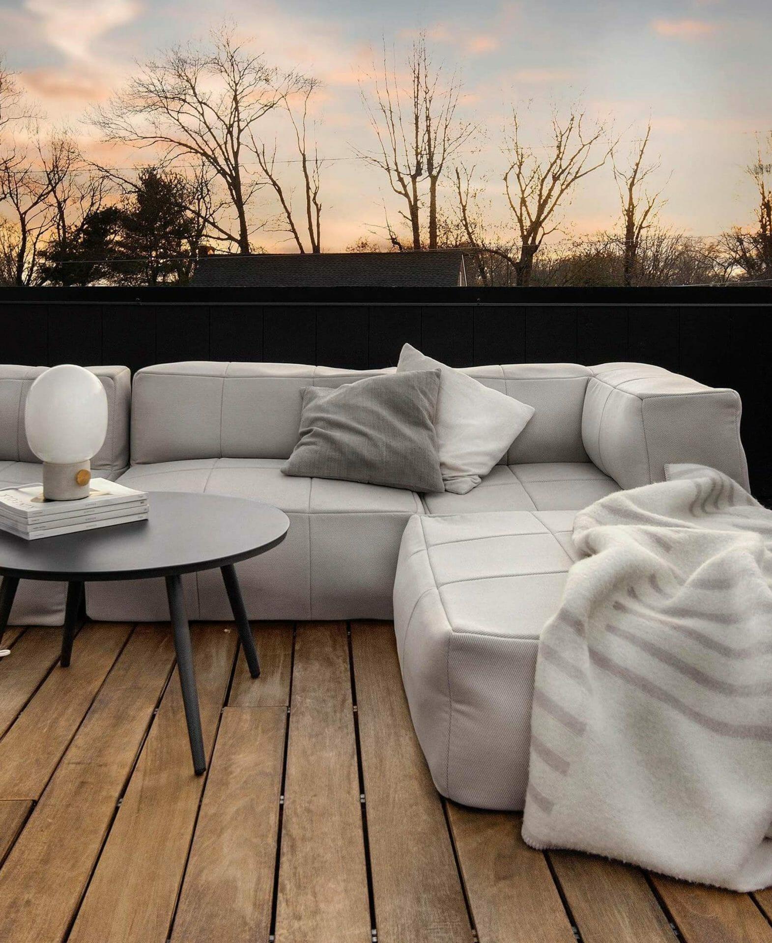 Phil Cohen's deck features the Corvos Modular Sofa.