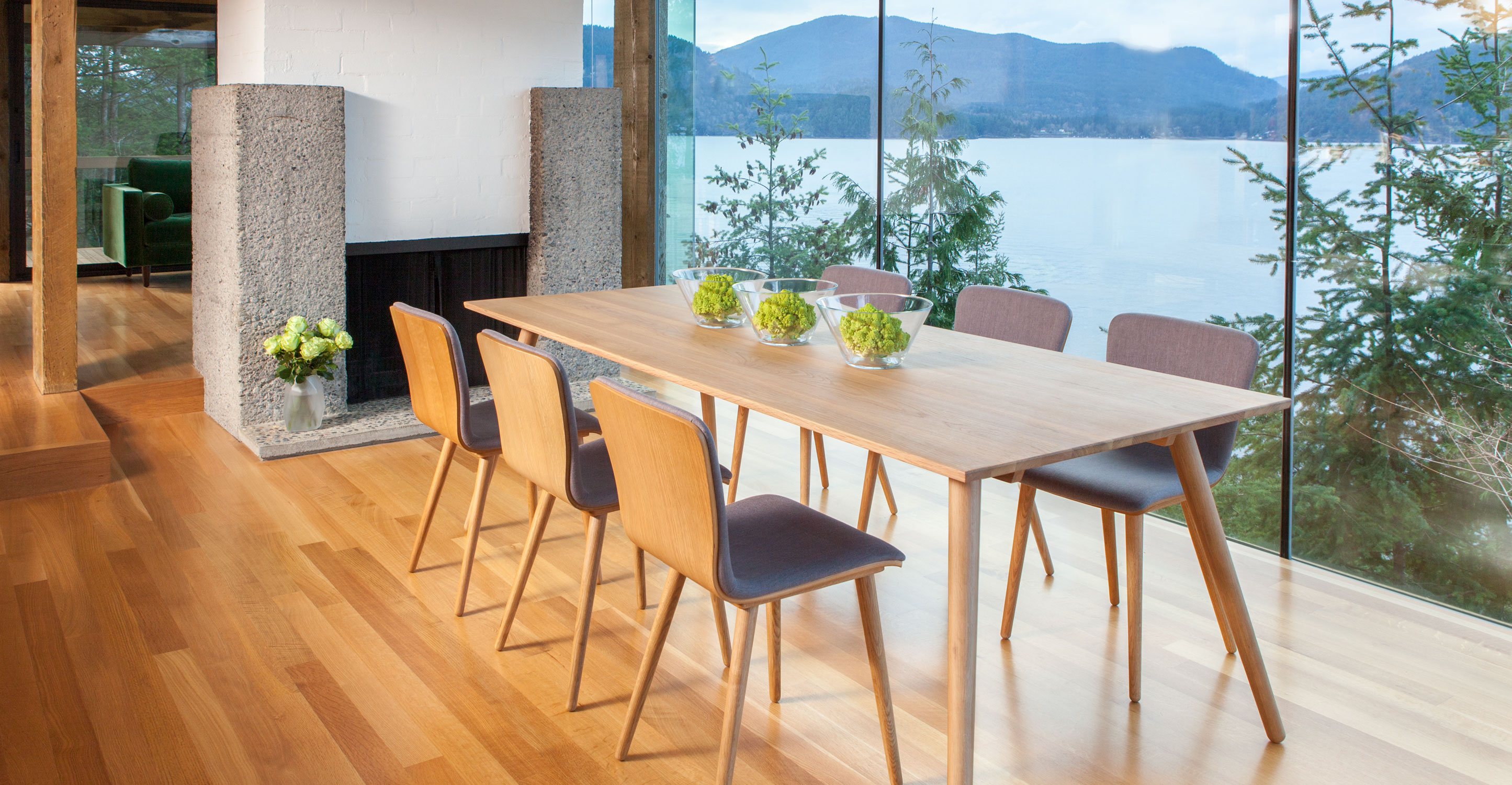 Seno Oak Dining Table for 8 - Articulate